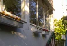 Hliníkový profil najvyšších kvalít, tichý chod, kvalitné prevednie. Zasklievanie balkónov a lodžií pre Vašu maximálnu spokojnosť.